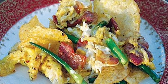 Ari LeVaux's potato chip migas