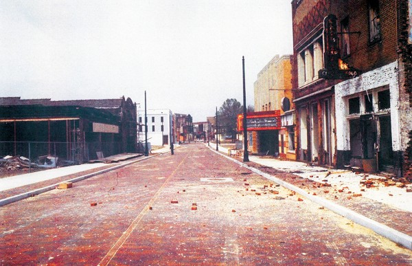 Back in the day: Beale Street before the neon returned