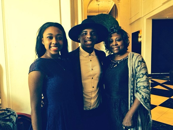 Briana Brown (L), Her grandmother Belinda Lowery (R), and Lil Buck (C). At the White House.