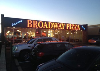 Broadway Pizza Opens East Memphis Location