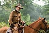 Chris Cooper in Amigo