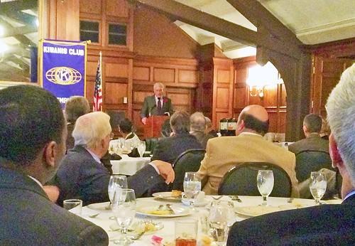 County Mayor Luttrell addressing Kiwanians at the University Club