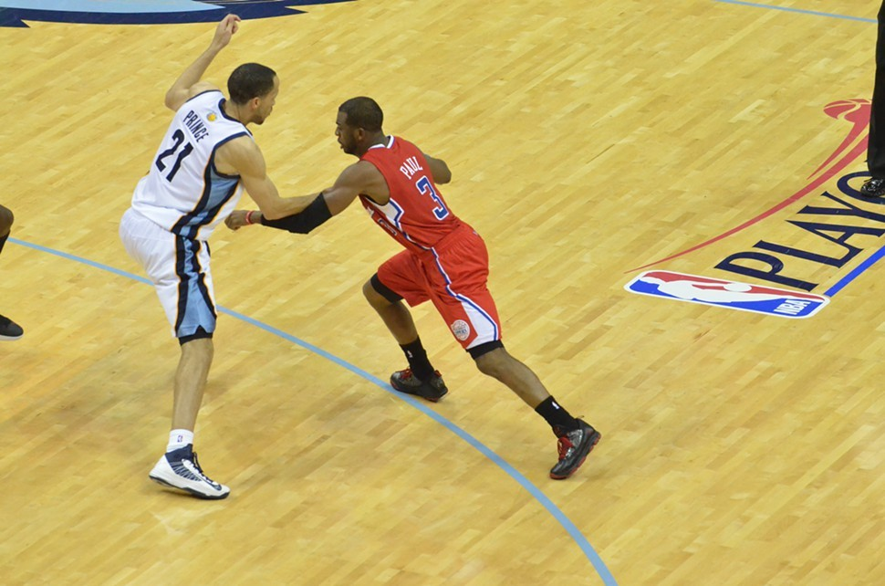 Defending Chris Paul will be a key for tonights crucial Game 5.