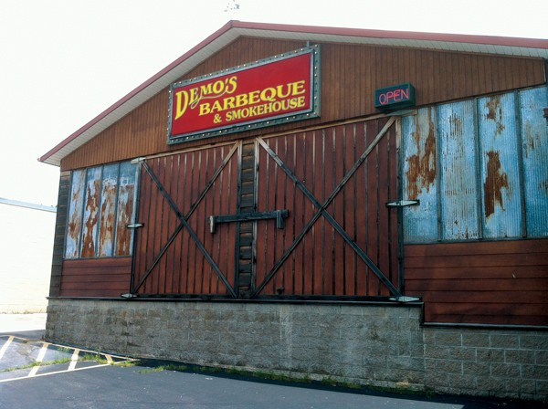 Demo's Barbecue and Smokehouse