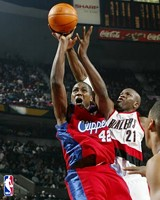 Elton Brand drops 26 on the Griz.