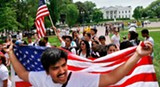 100506_hispanics_protest_white_house_ap_328.jpg