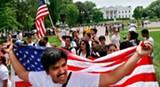 100506_hispanics_protest_white_house_ap_328.jpg