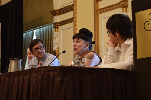 From left, Southern Livings Sid Evans, CNNs Kat Kinsman, and The New York Timess Kim Severson address food writers at the 2014 AFJ Conference.