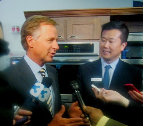Governor Bill Haslam with Electrolux CEO Jack Truong