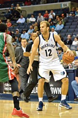 Guard-forward Nick Calathes - LARRY KUZNIEWSKI
