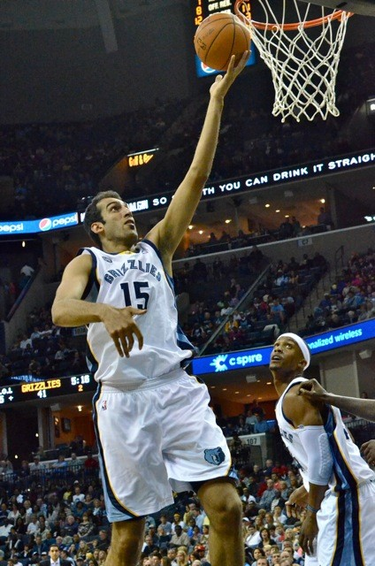 Hamed Haddadi: Master of the Finger Roll