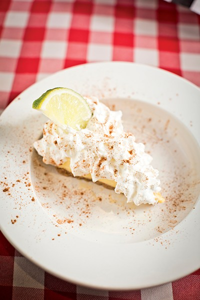 Homemade Lemon Ice Box Pie