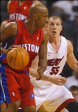 C.W. GRIFFIN, MIAMI HERALD - Jason Williams on Defense