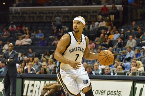 Jerryd Bayless was one of 5 Griz players who hit at least 1 3-pointer Monday night.