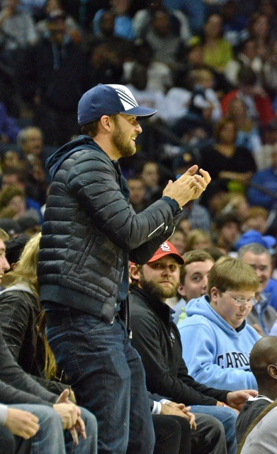 Justin Timberlake cheering on the Grizzlies.