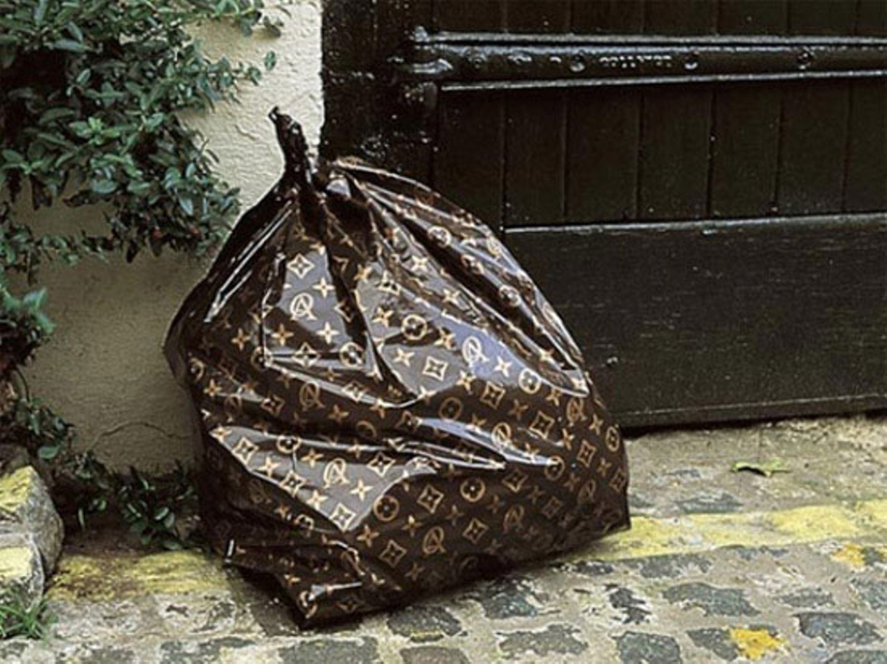 louis vuitton trash