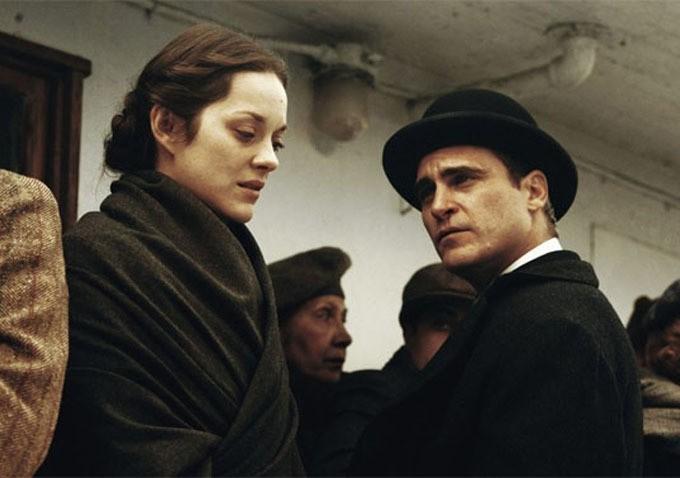 Marion Cotillard and Joaquin Phoenix