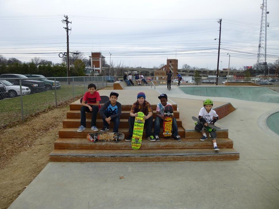 skatebd_kids.JPG