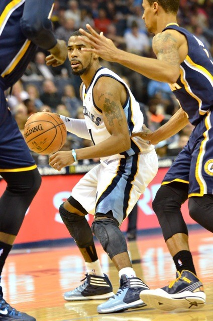 Mike Conley got back on track with a great showing against the Pacers Saturday night.