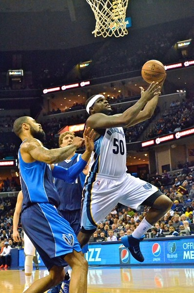 Zach Randolph took it to the Mavericks in the low post in the third quarter, scoring 13 points in that quarter alone. - LARRY KUZNIEWSKI