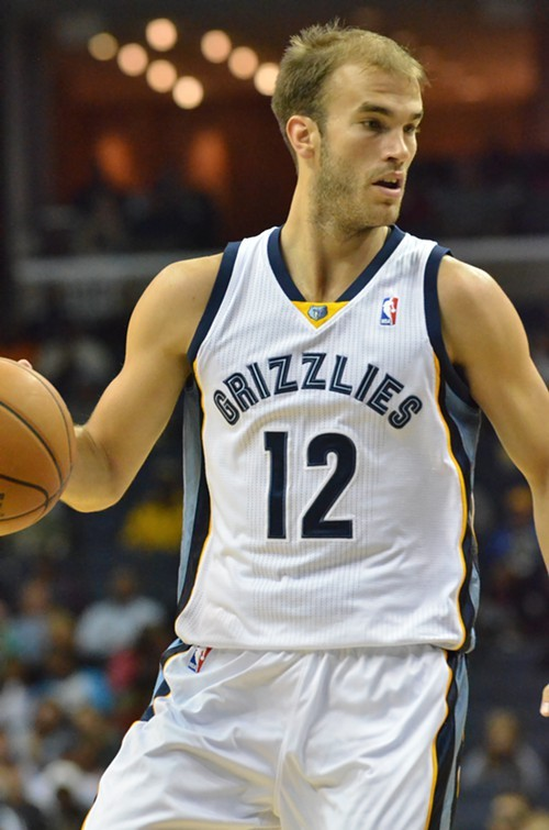 Nick Calathes came up big off the bench for the Grizzlies Saturday night.