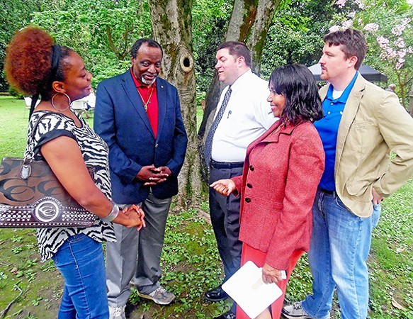 Republican Charlotte Bergmann (right, foreground), here with boosters (including former  Ambassador and presidential candidate Alan Keyes, 2nd from left) will try again in he general election against incumbent Steve Cohen, newly victorious in the Democratic primary. - JB