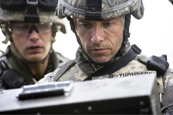 (right) Guy Pearce in The Hurt Locker