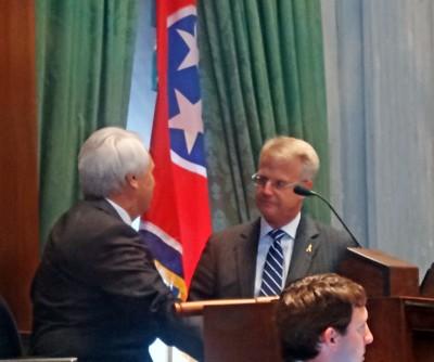 Senate Speaker Ron Ramsey gets report from state Rep. Jon Lundberg (R-Bristol), House sponsor of Judicial Redistricting measure, on failure of bill.
