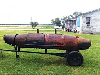The archetypal river-buoy grill of eastern Arkansas