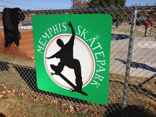 skate_sign.jpg