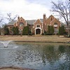 Jerry West Puts House on Market