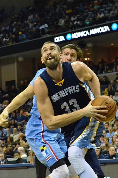 This picture is not from last night, but this happened to Spencer Hawes pretty regularly during last night's game. - LARRY KUZNIEWSKI