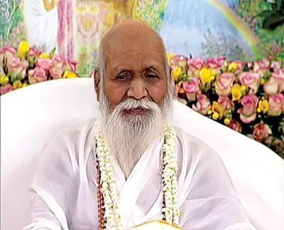 Maharishi Mahesh Yogi - MAHARISHI MAHESH YOGI BY GLOBAL GOOD NEWS VIA WIKIMEDIA COMMONS