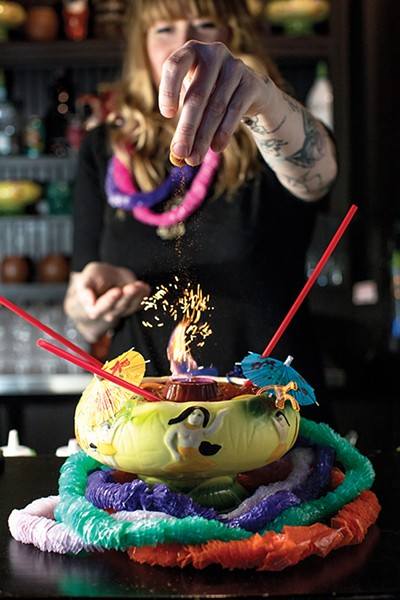 barreport_tiki_51a2681.jpg
