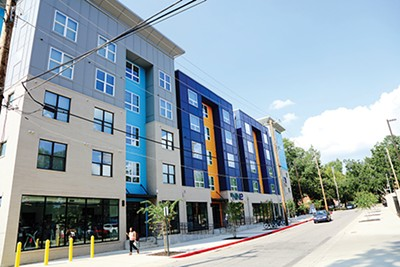 The Nine Apartments, Memphis, Tennessee - CALVIN L. LEAKE | DREAMSTIME.COM