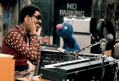 "Stevie Wonder plays ""Superstition"" on Sesame Street."