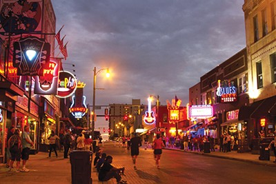 Beale Street - KARENFOLEYPHOTOGRAPHY | DREAMSTIME.COM
