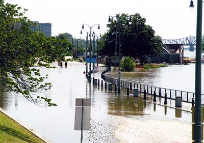 Riverside Drive after the 2011 flood - MEMPHIS  PUBLIC LIBRARY & INFORMATION CENTER