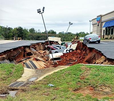 IHOP sinkhole