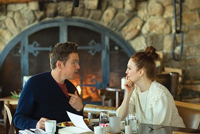 Ethan Hawke and Julianne Moore