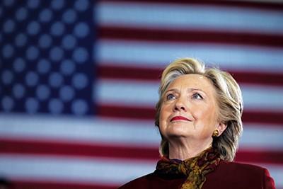 Hillary Clinton - REUTERS | CARLOS BARRIA