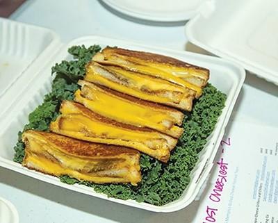 werec_grilledcheese2.jpg