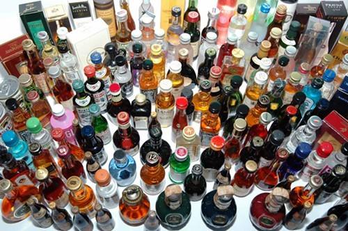 Haslam Signs Bill for Sunday Wine, Liquor Sales | Memphis Flyer