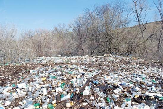 A sea of trash in McKellar Lake.