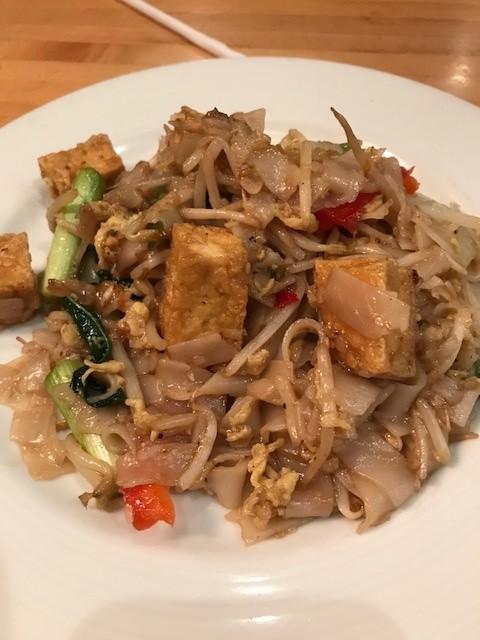 Drunken noodle with tofu