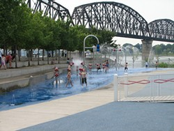 Water park feature in Louisville's Waterfront Park. - LOUISVILLE CVB