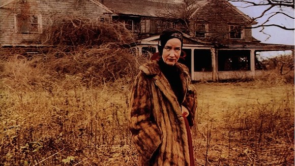 """Big Edie"" Beale in the Maysles Brothers' documentary Grey Gardens."