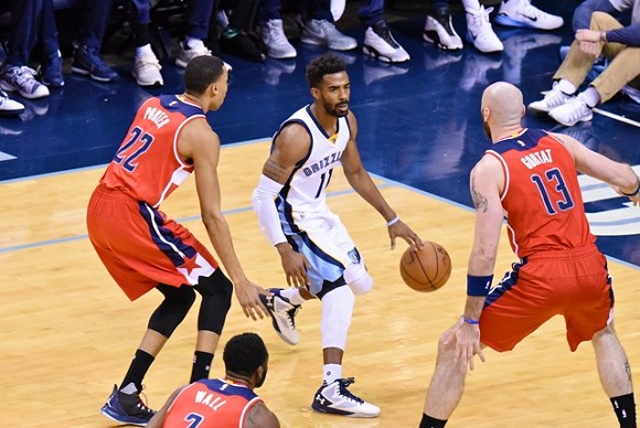 Mike Conley bounced back from a string of bad games. - LARRY KUZNIEWSKI