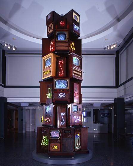 """Nam Jun Paik's """"Vid-O-belisk"""" (2002) - BROOKS MUSEUM OF ART"""