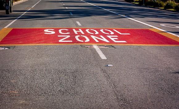 school-zone-1615387.jpg